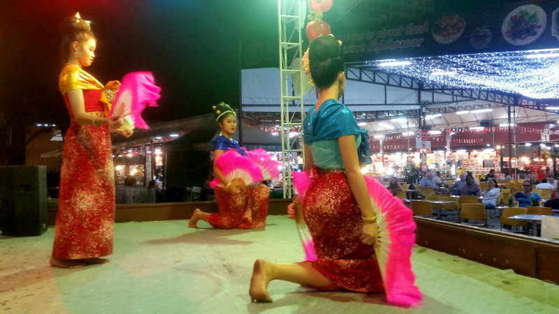 Thai Fan Dance at Kalare Market